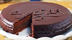 Domáca Sacher torta s čokoládou pripravená behom chvíle s neodolateľnou chuťou! - Báječná vareška