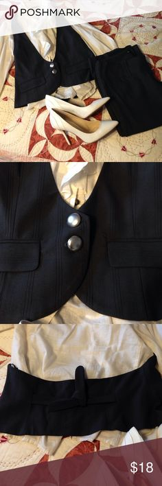 Adorable dressy vest outfit In very good condition. The vest is rare to find, it has an open back, looks very cute. The pants is straight leg. It just need to be dry cleaning. Both are size S/M. The color is dark gray Playback Jackets & Coats Vests