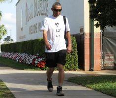 2017春季キャンプ【2】/イチロー面白Tシャツ/野球/デイリースポーツ online Ichiro Suzuki, Sporty, Running, Guys, Funny Stuff, T Shirt, Style, Fashion, Funny Things