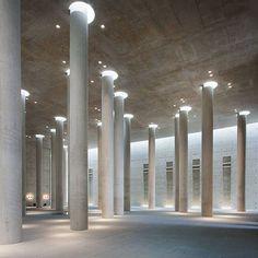Krematorium Baumschulenweg, by Axel Schultes (1998). Berlin, Germany. © Roberto Conte (2011)