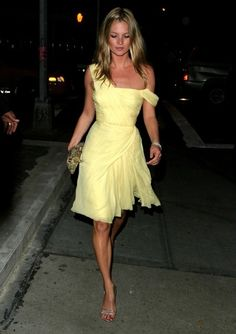 Kate Moss Turns 38 Today! Here Are 18 of Our Favorite Kate Looks of All Time, So Far