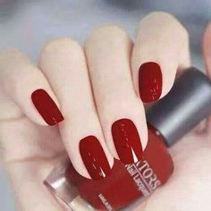 What Christmas manicure to choose for a festive mood - My Nails Red Manicure, Red Nails, Cute Nails, Pretty Nails, Uñas Fashion, Fashion Beauty, Nagel Hacks, Red Nail Designs, Silver Nails