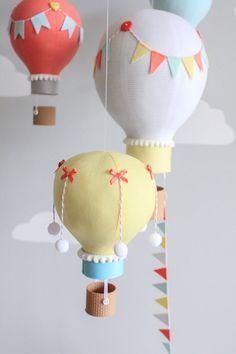 Globo de aire caliente bebé móvil elefante por sunshineandvodka