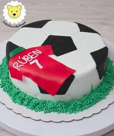 Football cake ⚽👕⚽ * * To make an order please contact me CakeDecorByDarya * Football Cake Design, Football Cakes For Boys, Mini Tortillas, Football Birthday Cake, 3rd Birthday, Soccer Cake, Cakes For Men, Novelty Cakes, Celebration Cakes