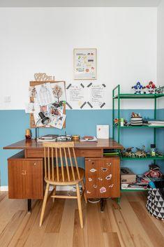 Partially painted wall in kids room Mid Century Modern Desk, White Desks, Blue Walls, Dom, Corner Desk, Mid-century Modern, Kids Room, Furniture, Home Decor