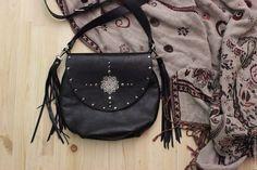 """Купить Сумка из натуральной кожи """"Червонная"""" с кисточками - однотонный, сумка из натуральной кожи, сумка из кожи"""