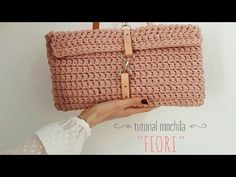Crochet for beginners bag tote tutorial Ideas Crochet Wallet, Crochet Clutch, Crochet Handbags, Crochet Purses, Knit Crochet, Crochet Bracelet, Punch Needle Set, Free Cliparts, Braidless Crochet