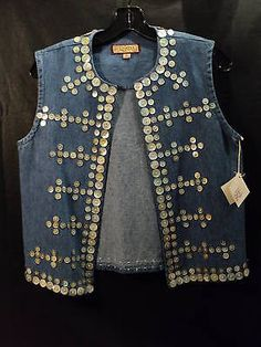 "DOUBLE D RANCHWEAR ""TLINGIT"" DENIM VEST with M-O-P BUTTONS, SIZE XS"