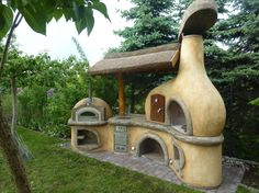 Outdoor Superkitchen by Roman Poettinger of Rottenbach, Austria.