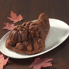 Nordic Ware Harvest Cornucopia Cake Pan