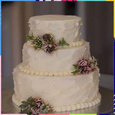 Cute mini elegant Wedding cakes - Sites new Mini Wedding Cakes, Elegant Wedding Cakes, Elegant Cakes, Lace Wedding, Elegant Desserts, Wedding Spot, Mini Desserts, Gown Wedding, Purple Wedding