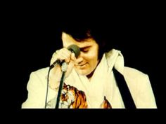 On September 1974 during a concert in Indiana Elvis stops and tells fans he can't accept this kingship because there is only one.which is Christ! God Loves You, Jesus Loves Me, Beautiful Voice, Beautiful Men, Elvis Presley Videos, Thought For Today, King Of The World, Rock Concert, Let God