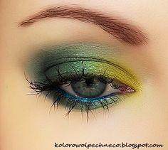 Green and gold– Makeup Geek