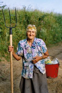 Reminds me of my grandma in her garden