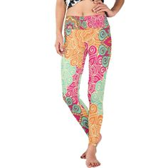 Let's move with this funky yoga pant !