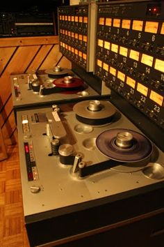 the audio archive inc studer a810 professional tape recorder reel to reel pinterest. Black Bedroom Furniture Sets. Home Design Ideas