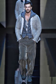 Giorgio Armani Fall 2017 Menswear Collection - Fashion Unfiltered