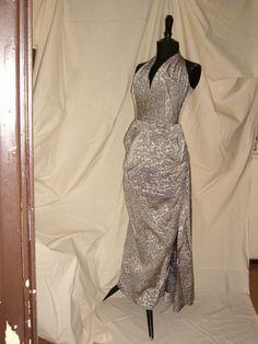 EVENING DRESS -  1950 / ABITO DA SERA 1950 Formal Dresses, Fashion, Dresses For Formal, Moda, Fasion, Fashion Illustrations, Fashion Models, Formal Wear, Evening Dresses