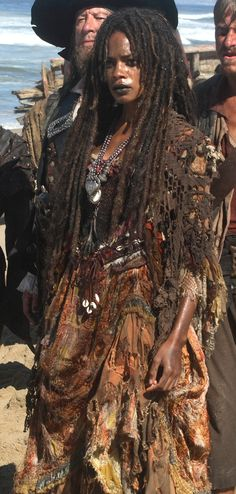 Tia Dalma PotC Costume Sea Witch for Halloween costume Witch Doctor, Calypso Pirates, Sea Witch Costume, Witch Costumes, Diy Costumes, Halloween Costumes, Tia Dalma, Voodoo Halloween, Halloween 2020