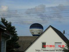 Ballonfahrer bei der Landung