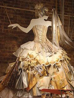 Paper dress | Flickr - Photo Sharing!