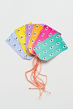 Free printable colourful eye gift tags for Christmas.