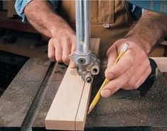 Resawing on the bandsaw allows you to cut logs into lumber, make thin boards from thick and cut your own veneer. Woodworking Bandsaw, Woodworking Courses, Woodworking Techniques, Popular Woodworking, Woodworking Crafts, Woodworking Magazines, Metal Working Tools, Wood Working, Famous Last Words