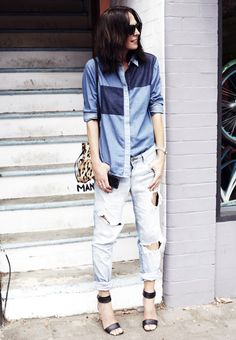 Tash and her destroyed denim/patchwork combo. Jeans Denim, Ripped Denim, Denim Shirt, Patched Denim, Denim Fashion, Womens Fashion, Jeans Boyfriend, Mode Jeans, Street Style