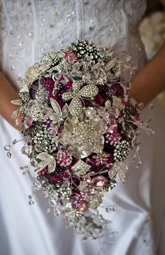 95 Brooch Wedding Bouquets That Will Strike You | HappyWedd.com
