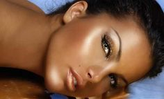 Want to know how to get that lovely dark tan and make it last? Read these five major tanning tips and find out how to get the most beautiful tan and make it last all summer long! Norvell Spray Tan, Tanning Tips, Dark Tan, Flawless Makeup, Most Beautiful, Image, Beauty, Women, Wellness