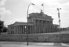 Berlin 1965 Mauer ums Brandenburger Tor