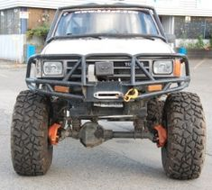 1987 Toyota Truck by Wil http://www.truckbuilds.net/1987-toyota-truck-build-by-wil