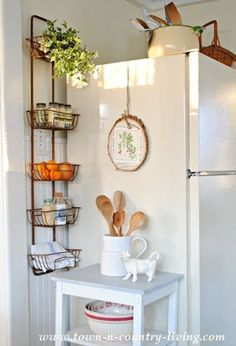 Trendy kitchen wall storage ideas tips Ideas Kitchen Wall Storage, Kitchen Pantry, Kitchen Organization, Diy Kitchen, Kitchen Design, Kitchen Decor, Organization Ideas, Bathroom Storage, Kitchen Small