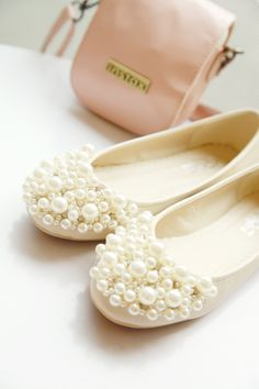 #white #pearls #flats #embellishments