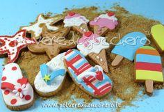 TUTORIAL i biscotti estivi: gelato, infradito e stella marinahow to make these super cute Summer cookies : ice cream, flip flops and starfish! How fun! Thanks to Polvere di Zucchero!  super cute!♥