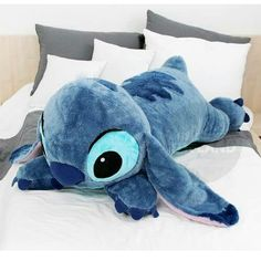 Snuggle Up with a Gigantic Stitch Pillow Inspired by Disney's Lilo and Stitch, Hawaii's favorite extra-terrestrial creature becomes a soft and cuddly keeper with this Stitch Pillow. Don't be fooled by Lilo Ve Stitch, Stitch Disney, Lilo And Stitch Quotes, Lelo And Stitch, Stitch Gigante, Peluche Stitch, Giant Stitch, Cute Stitch, Cute Disney
