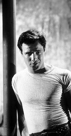 Pictures & Photos from A Streetcar Named Desire (1951) - IMDb