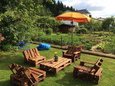 DIY pallet garden sitting set