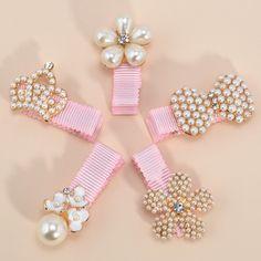 $0.72 (Buy here: https://alitems.com/g/1e8d114494ebda23ff8b16525dc3e8/?i=5&ulp=https%3A%2F%2Fwww.aliexpress.com%2Fitem%2F1Pc-5-Styles-Baby-Girl-Hairpins-Pearl-Crown-Flower-Cute-Headwear-Hair-Clip-Hair-Accessories-Princess%2F32767694866.html ) 1Pc 5 Styles Baby Girl Hairpins Pearl Crown Flower Cute Headwear Hair Clip Hair Accessories Princess Hairpins Barrettes for just $0.72