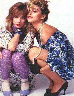 Desperately Seeking Susan-Madonna and Rosanna Arquette Desperately Seeking Susan, Quirky Fashion, 80s Fashion, Fashion Models, Madonna Outfits, Rosanna Arquette, Divas, Material Girls, Famous Faces