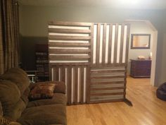 DIY wall divider/ screen pallet inspired with rice paper back