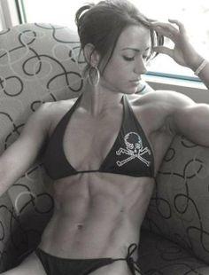 Muscles and Skull Bikini = SEXXXY