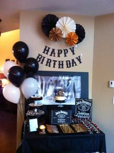 Jack Daniels party, balloons and poms Adult Birthday Party, 30th Birthday Parties, Man Birthday, Birthday Party Decorations, Birthday Celebration, Birthday Centerpieces, Festa Jack Daniels, Jack Daniels Party, Happy Birthday Jack Daniels