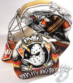 NHL Goalie Masks are the bees knees Sled Hockey, Hockey Helmet, Hockey Goalie, Football Helmets, Hockey Logos, Nottingham Panthers, Hockey Bedroom, Ducks Hockey, Hockey Party