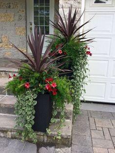 28 Beautiful DIY Pots And Container Gardening Ideas - Alles für den Garten Outdoor Flowers, Outdoor Potted Plants, Flowers On Porch, Outdoor Pots And Planters, Tall Planters, Deck Flower Pots, Fall Flower Pots, Porch Plants, Large Flower Pots
