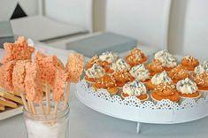 anniversaire thème carrousel manège petits chevaux Krispie Treats, Rice Krispies, Carrousel, Breakfast, Desserts, Recipes, Food, Child, Morning Coffee
