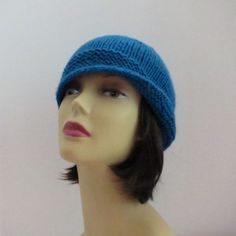 Knitting pattern for Flapper Cloche Hat on Etsy (affiliate link) great beginner pattern