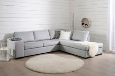 Couch, Holly Hunt, Furniture, Interior Ideas, Home Decor, Settee, Decoration Home, Sofa, Room Decor