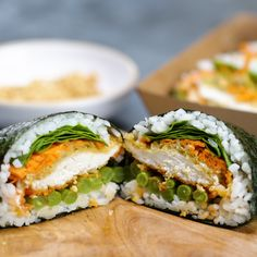 Everything is better in sandwich form, even Sushi! Everything is better in sandwich form, even Sushi! Sushi Sandwich, Sushi Sushi, Sushi Burger, Rice Sandwich Recipe, Sushi Taco, Beef Sushi, Chicken Sushi, Sushi Salad, Sushi Recipes