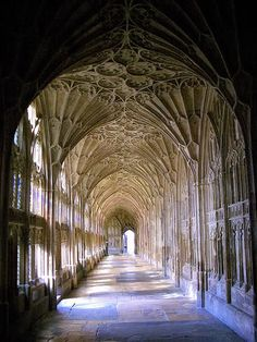 Hogwarts...doesn't this make you want to study abroad in England??